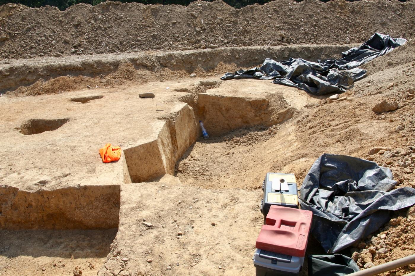 Notgrabung des Landesamtes für Archäologie Sachsen unterhalb von Pegenau anlässlich der Verlegung der EUGAL Erdgastrasse 2018